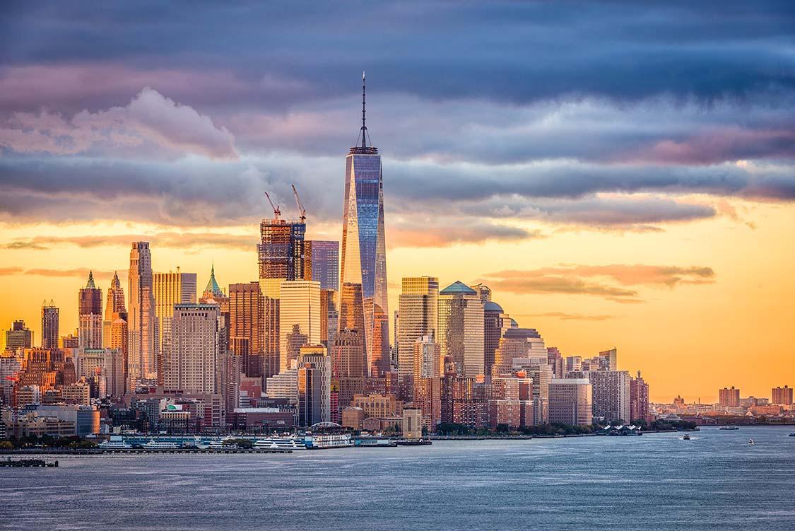 new-york-city-dawn-P8QMA8J